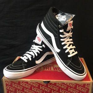 Vans Men's Sk8 - Hi Pro Skate Shoes.